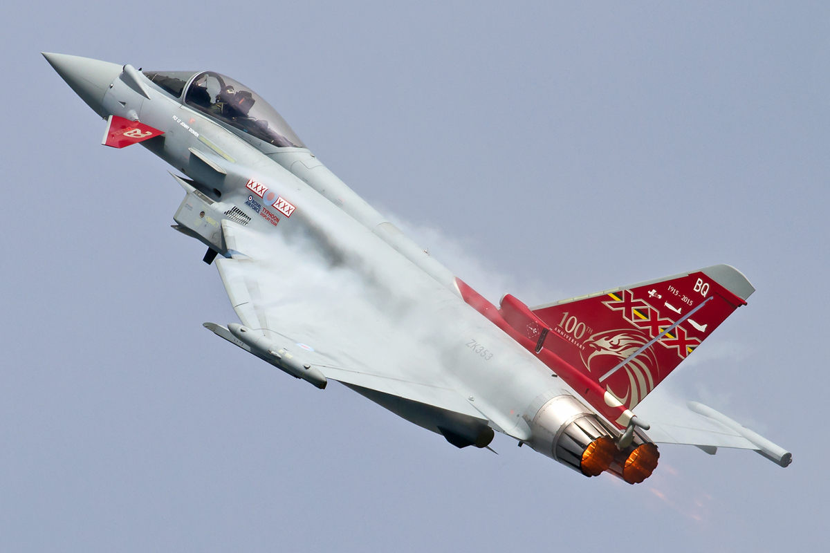 Ben-Montgomery_RAF-Specials-2015_Typhoon-FGR4_ZK353_1.jpg